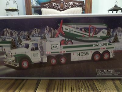 Hess Truck 2002 Toy Truck and Airplane NIB
