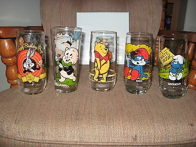 Bugs Bunny / Porky Pig / Smurf's / Winnie The Pooh Drinking Glasses Set Of 5