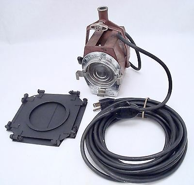Mole Richardson 200W Mini Mole 2801 Fresnel Light With Barn Doors Long Cable