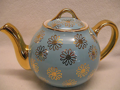 Vintage Hall Gold Label French Daisy Turquoise & Gold 6 Cup Teapot Exc. Cond.