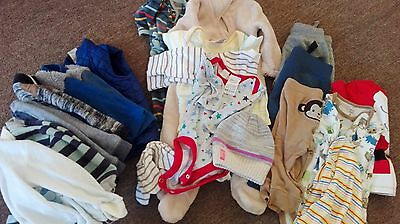 bulk baby clothes 00 - in great condition