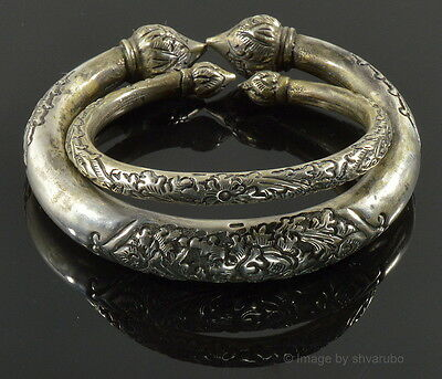 Antique Collectible Pair Of Tribal Rajasthan India 900 Silver Torque Bracelets