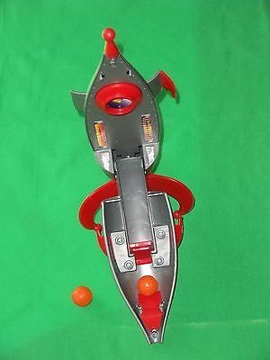 Marvin The Martian Space Jam Spaceship W/2 Basketballs Looney Tunes Toy/game