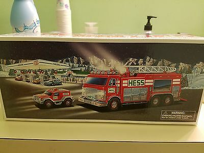 2005 Hess Emergency Truck with Rescue Vehicle~MIB