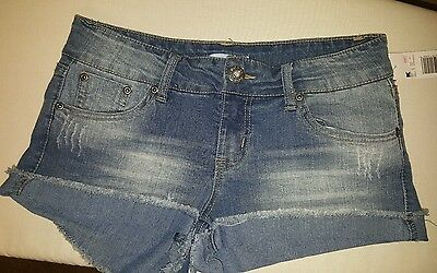 Ladies New with tags Blue jean denim Bongo Juniors shorts size 5