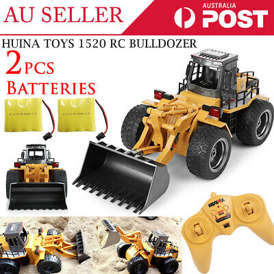 HuiNa Toys 1520 6 Channel 1/14 Metal Bulldozer Charging RC Car EXTRA 1x Battery
