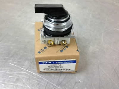 Nib  10250T21Lb Selector Switch Black Lever 3Pos Maintained 2No M4-7