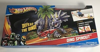 HOT WHEELS - Dino Spinout Track Set Includes 1 Vehicle - BRAND NEW SEALED MATTEL