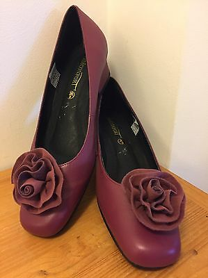 ladies shoes size 3 brand new