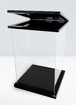 Ultimate Guard Supreme Display Case 1/6 Action Figure Black Magnetic Edition