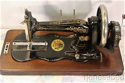 ECLIPSE*HAND CRANK SEWING MACHINE*FIDDLE BASE*LATE 1800s