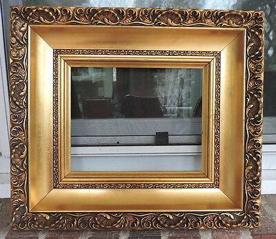 Vintage Gilt GOLD Victorian Style MID-CENTURY Wood & Compo Frame 8 x 10 c1950s