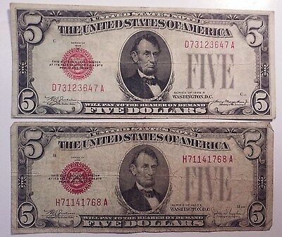 (2) 1928 $5 Dollar Bill Red Seal United States Notes