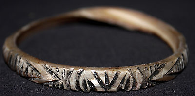 Very Rare Old Fine Engraved Trochus Shell Arm Band/Bride Price - New Guinea, PNG