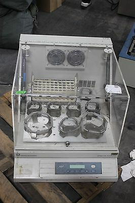 Forma Scientific 4518 Orbital Incubator Shaker Mixer WORKING