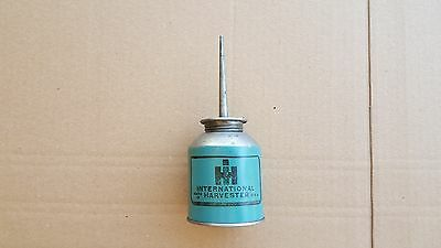 VINTAGE INTERNATIONAL HARVESTER, IH, OIL CAN WITH GRAPHICS, Newburg WI