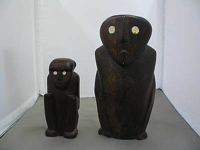 Two monkeys carved from hardwood