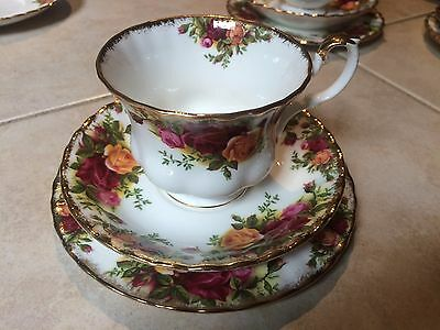 Royal Albert Country Roses Trio