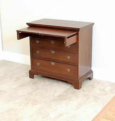 Craftique Mahogany Bachelor's / Mary Washington Chest