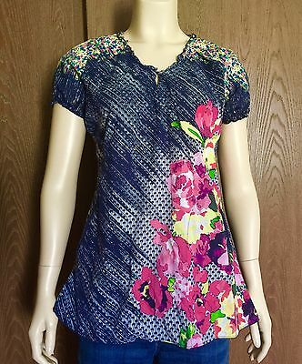 KOI Scrub Top SPRING FLOWERS Small S Womens Blue Floral 2 Pocket Kathy Peterson