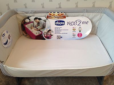 Chicco 2x Next2Me Crib Fitted Sheets 100% Cotton Percale Two Pack White Sheet