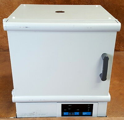 Fisher Isotemp Forced Convection Laboratory Oven * Model 825F * 120 V * Tested