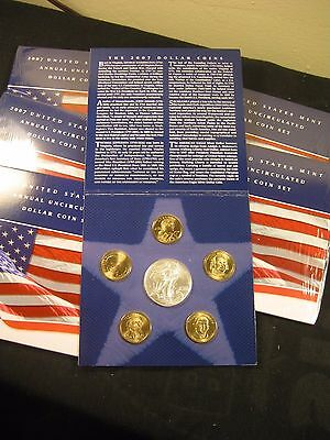 US Mint Annual Uncirculated Dollar Coin Set w/2007 Silver Eagle....