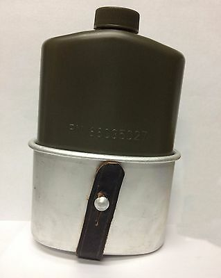 US Military Plastic 1 PT PILOT FLASK with Canteen Cup (Spanish)