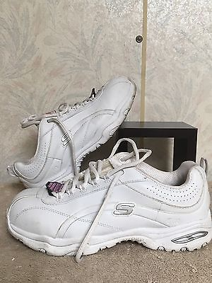 Women's Skechers Shoes Size 6 Safety Toe Slip Resistant Color White
