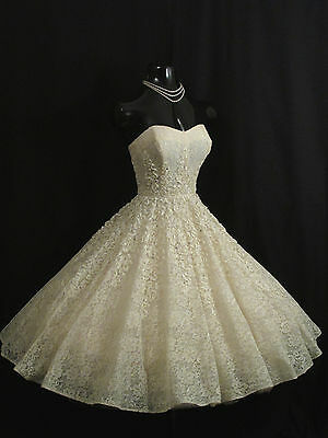 Vintage 1950's 50s STRAPLESS Ivory Ribbon Lace Prom Party Wedding Dress Gown