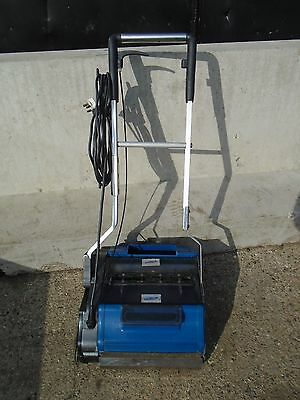 Duplex Escalator & Travelator 350 Cleaning Machine