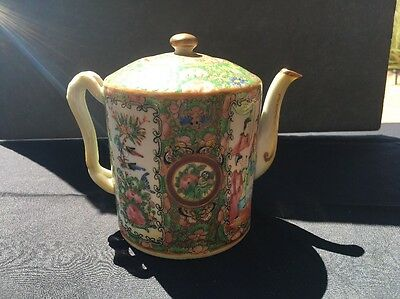 """Antique Chinese Porcelain Teapot Famille Rose 6"""" With Top"""
