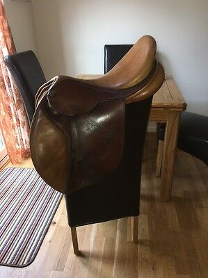 16.5 Inch Bates Tan Leather Close Contact Cair Jumping Saddle Changeable Gullet