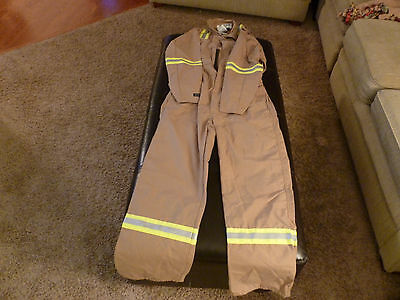 FR (Flame Resistant ) Coverall Reflective High Definition Size 38 Regular New!!!
