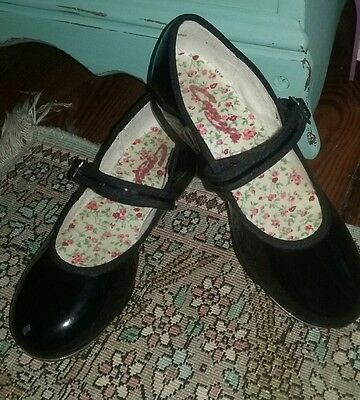 Capezio 3800C Mary Jane  Patent Leather Tap Shoe Black Youth Dance  Buckle   2 W