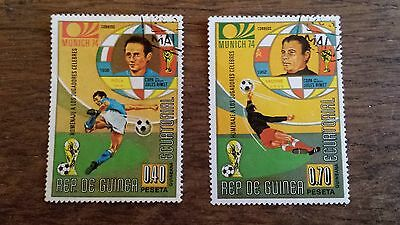 LOT Collection 2 Timbres Guinée - DIVERS FOOTBALL