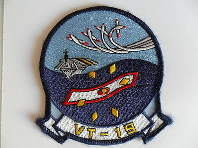 1967 US Naval TRAINING SQUADRON -19 (VT-19) cloth crest /  patch