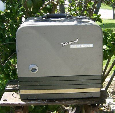 vintage 1950's Bell & Howell Model 202 16MM MOVIE PROJECTOR