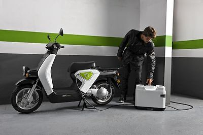 Honda EV-NEO fast RAPID charger for electric scooter DC 86V li-ion batteries