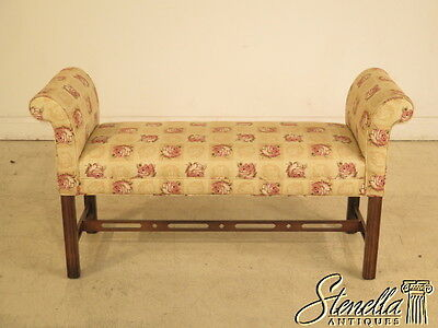 23846: Chippendale Stretcher Base Window Or Bed Bench