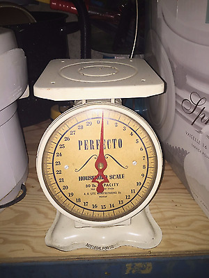 Antique From The 1960's  Perfecto Weight Scale