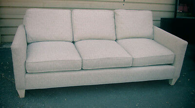 55582   HICKORY WHITE Decorator Sofa Couch   QUALITY