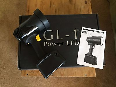Lowel GL-1 Power LED Handheld Light  GL1  GL1LED