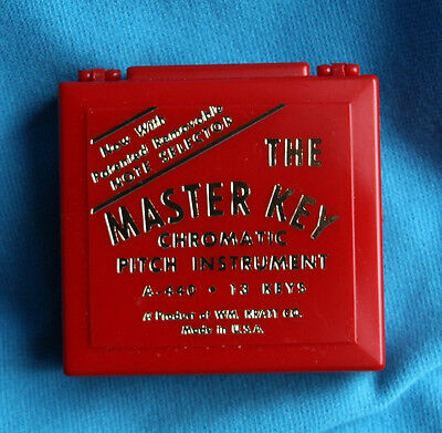 Kratt Chromatic Pitch Pipe with Note Selector and Carrying Case, C-C, MK2-S