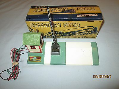 American Flyer #600 Crossing Gate w/Ringing Bell w/Original Box. Excellent++