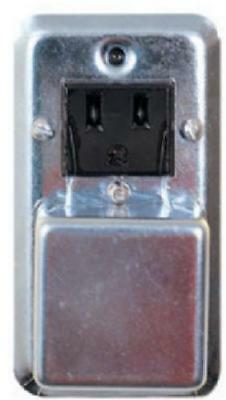 """Receptacle & Fuse Holder Mounted On 2-1/8"""" Handy Box Cover Carded Only One"""