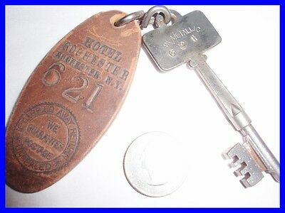 Rare Hotel Rochester   New York Vintage Room Key Fob
