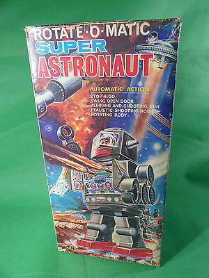 vintage Rotate-o-matic Astronaut Robot Blech Horikawa in Box Japan 1960's