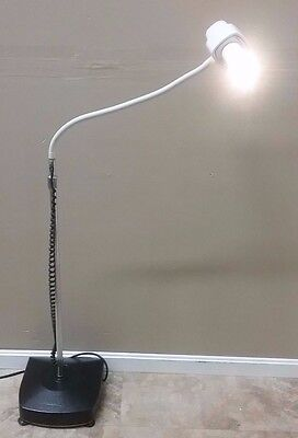 Burton Medical Exam Procedure Light w/ New Bulb Lite Source Hospital Warranty