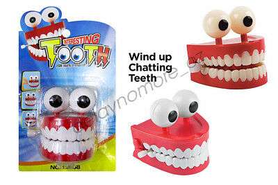 Wind Up Tooth Chatting Kids Party Favor Plastic Fun Choking NEW
